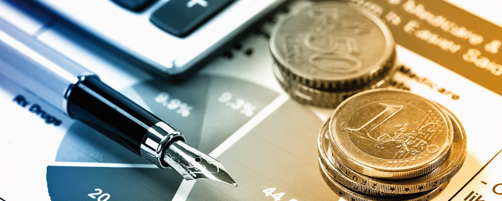 Els bancs continuen posant condicions molt estrictes a les empreses que els demanen liquiditat i prefereixen prestar diners a l'Administració