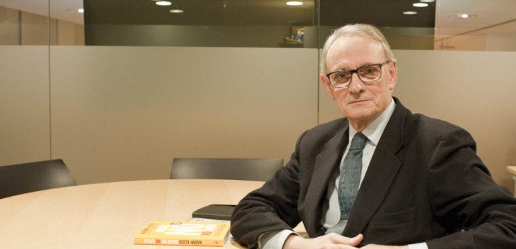 """Entrevista a <span style=""""color: #AEB100; font-weight: bold; text-transform"""">Antón Costas,</span> economista i expresident del Cercle d'Economia de Barcelona"""