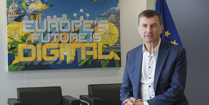 """Entrevista a <span style=""""color: #619A88; font-weight: bold; """">Andrus Ansip,</span></span>Vicepresident de la Comissió Europea i comissari europeu del Mercat Únic Digital"""